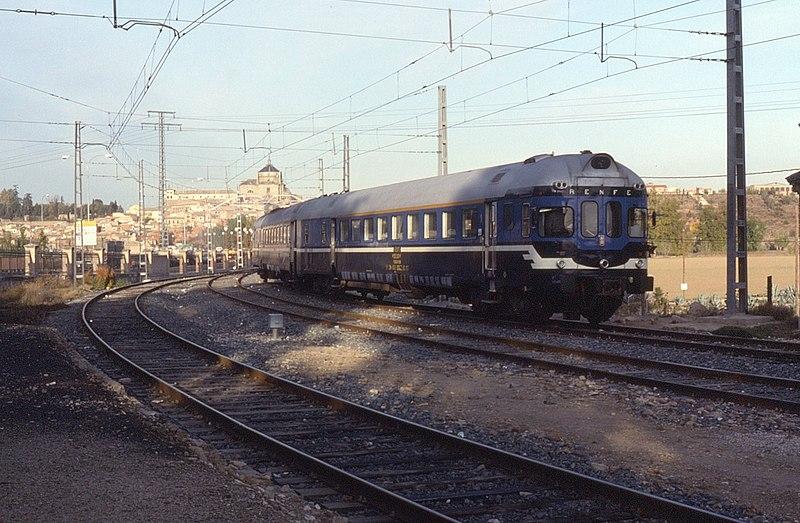 File:05.11.91 Toledo RENFE 597.010 (6910856981).jpg