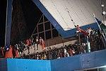 11.01 索羅門群島迎接總統到來的居民 (38062249392).jpg