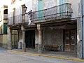 12 Porxos a la plaça de l'Església (Linyola).JPG