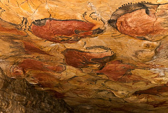 Cave of Altamira and Paleolithic Cave Art of Northern Spain - Image: 12 Vista general del techo de polícromos