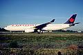 145ak - Air Canada Airbus A330-343X, C-GFAH@CDG,11.08.2001 - Flickr - Aero Icarus.jpg