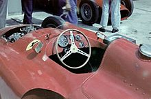 photo du cockpit d'une Ferrari D50 au Grand Prix d'Argentine en 1957