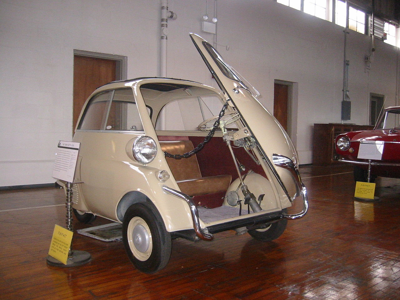 File1957 Bmw Isetta 300 Door Open Lane Motor Museumg