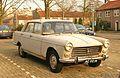 1964 Peugeot 404 (13168216955).jpg