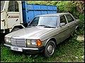 1981 Mercedes-Benz (W123) (4382727969).jpg