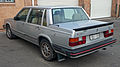 1984-1985 Volvo 760 Turbo sedan 02.jpg