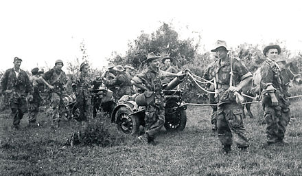 Members of the 1st Foreign Parachute Heavy Mortar Company during the Indochina War 1er CEPML.jpg