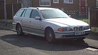 2000 BMW 520i SE Touring (13145833333).jpg