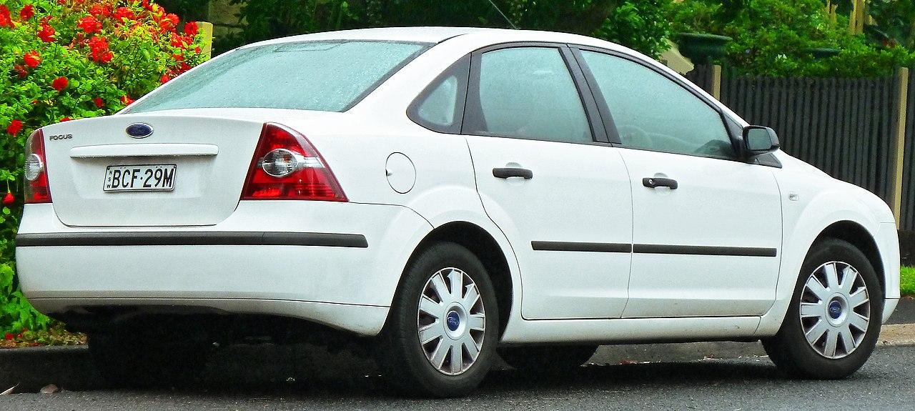 2007 ford focus zx5 ses 4dr hatchback 2 0l manual rh carspecs us manual usuario focus 2007 manual ford focus 2007