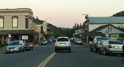 Dusk in downtown Mariposa