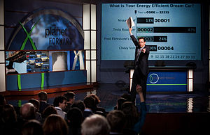 Planet Forward - Frank Sesno interacts with the audience during the 2011 PBS special.