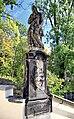 2012 Orłowa, Kościół Narodzenia NMP wraz z rzeźbami 21.jpg
