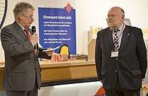 2014-05-14 Eröffnungsfeier fairKauf Langenhagen, (12) Bürgermeister Friedhelm Fischer und Vorsitzender des Vorstandes Reinhold Fahlbusch - Ehrenamt lohnt sich.jpg