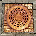 20150312 Maastricht; Manhole cover at platform of Station Maastricht.jpg