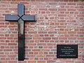2018 Warszawa Cmentarz Powązkowski III brama - upamiętnienie.jpg