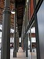 290 Mercat del Born, columnes.JPG