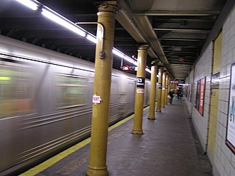 53rd Street (BMT Fourth Avenue Line) - The station prior to renovation