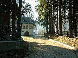 Symphony No. 5 (Enescu) - Luminiș, Enescu's villa near Sinaia, where he composed the Fifth Symphony