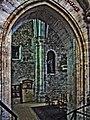 91-St-Sulpice-Favières-crypte.jpg