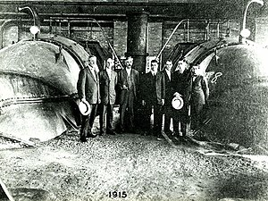 A. Baldwin Wood - A. Baldwin Wood, standing at center, at New Orleans pumping station, 1915