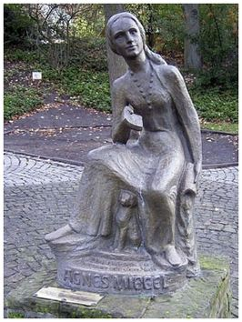 Monument voor Agnes Miegel in Bad Nenndorf