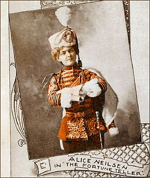 The Fortune Teller (operetta) - Alice Nielsen as Fedor