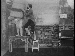 Fichier:An Up-to-date conjuror (1899).webm
