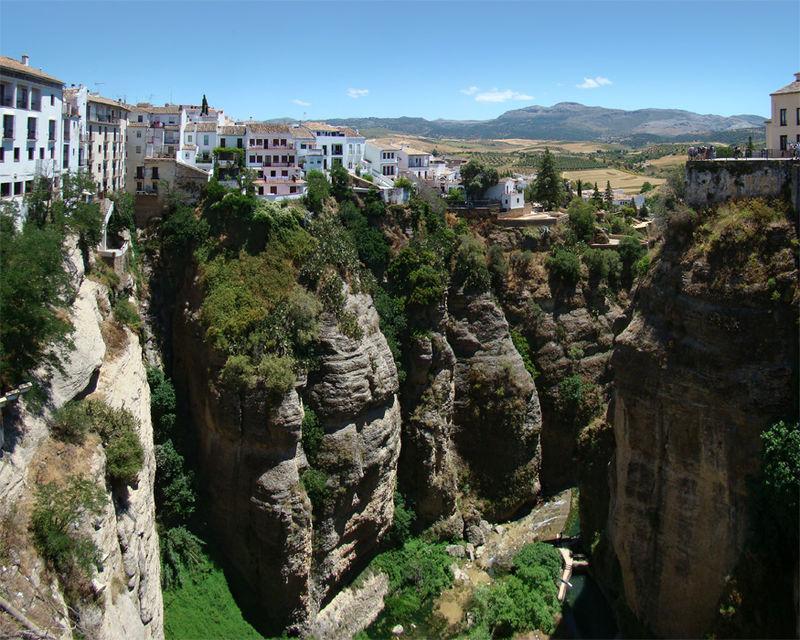 Vue de Ronda depuis le Pont Neuf