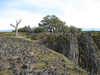 Upper and Lower Table Rock - Andesite lava cap