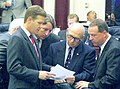 Andy Gardiner offers direction to colleagues on the House floor.jpg