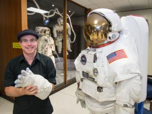 The Martian (Weir novel) - Author Andy Weir at Johnson Space Center, 2015