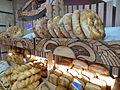 Aparan-Vente de pain géorgien.JPG