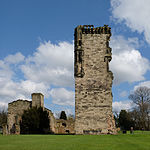 Ashby-de-la-Zouch Castle, William Lord Hastings's Tower from the west.jpg