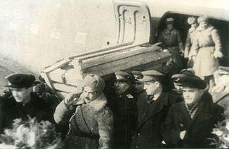 Hazi Aslanov - The funeral of Hazi Aslanov in Baku