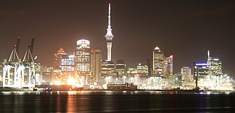 Economy of New Zealand - Image: Auckland waterfront at night