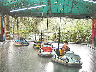 Bumper cars - Image: Autoscooter 1