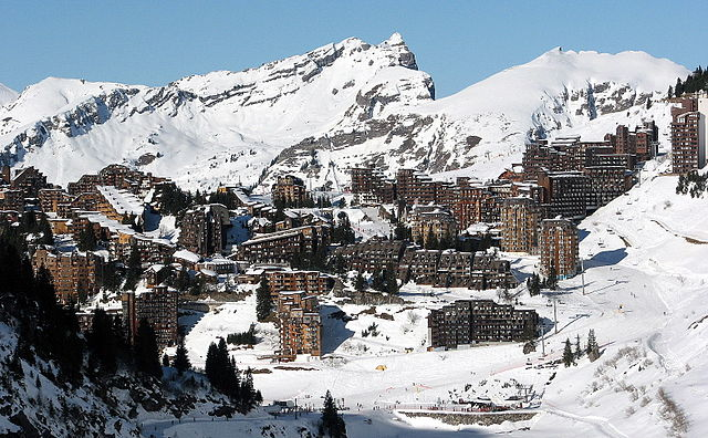 The Avoriaz ski resort in France attracts thousands of visitors each year, for its range of skiing opportunities and its picturesque scenes.