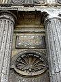 Avrechy (60), église Saint-Lucien, portail occidental, dessous de l'architrave et dais d'une niche à statue.JPG