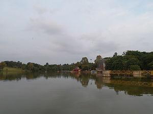 Geography of Malaysia - Ayer Keroh Lake.