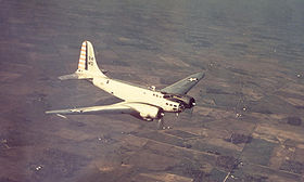 Un B-23 Dragon in volo