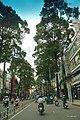 Ba Tháng hai q10.hcmvn - panoramio.jpg