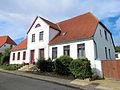 Bad Doberan Kastanienstrasse 4 6 Baudenkmal 2011-08-30.jpg
