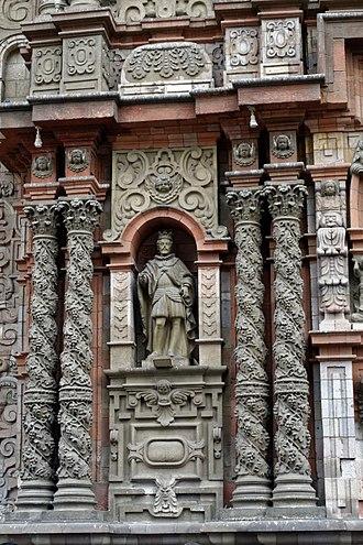 Solomonic column - Solomonic Columns in baroque façade of Basilica of Nuestra Señora de la Merced in Lima built in 1614
