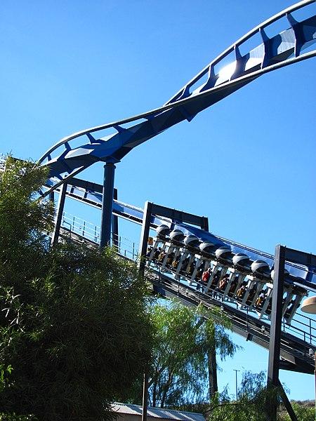 File:Batman The Ride at Six Flags Magic Mountain 04.jpg