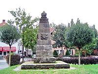 Bayreuth 07.09.07 Kulmbacherstrasse 85 Pyramide.jpg