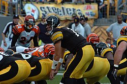 Roethlisberger takes a snap against the Bengals