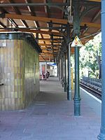 Berlin - Karlshorst - S- und Regionalbahnhof (9498377154).jpg