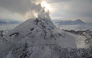 Bezymianny - Image: Bezymyannyi volcano
