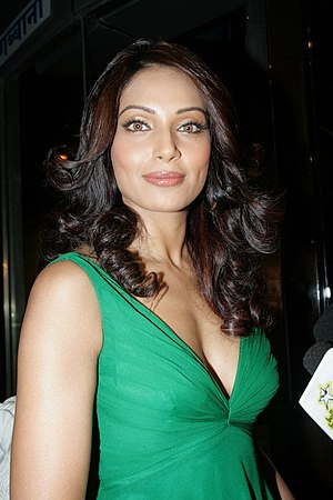 English: Bipasha Basu at the success party of race