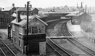 Bishop Auckland railway station - Image: Bishop Auckland 1 railway station 1805295 9d 064167